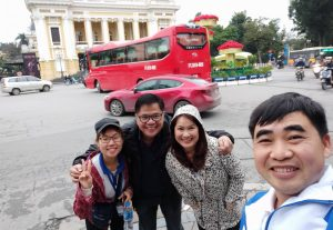 5814City tour guide in Hanoi